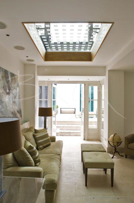1680 - Bisca bespoke textured glass floor roof light