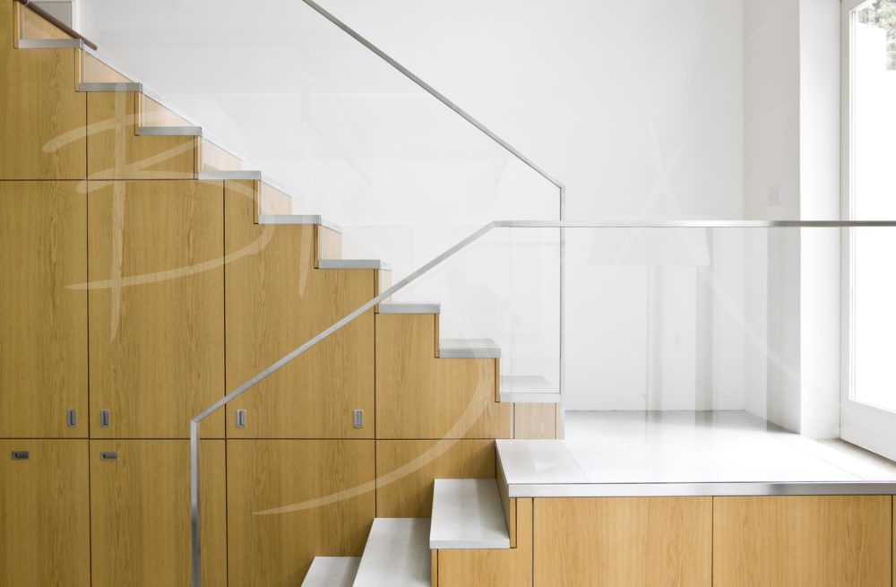 2314 - Bisca Contemporary Staircase Design