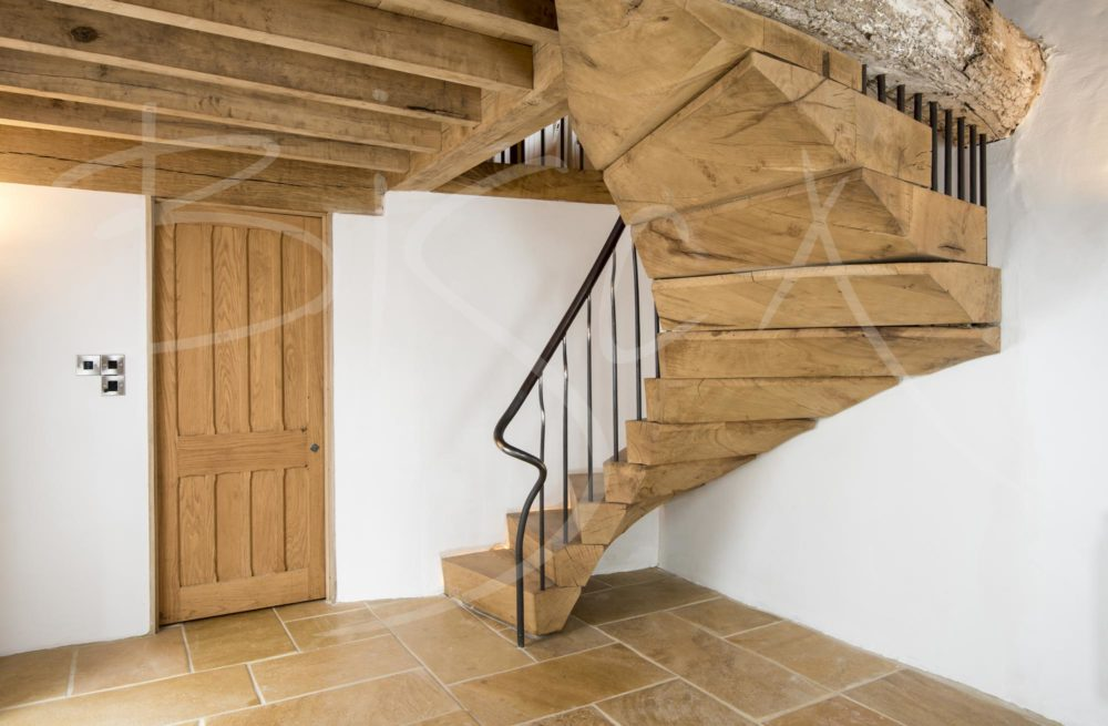 3826 - Bisca Rustic Staircase Design
