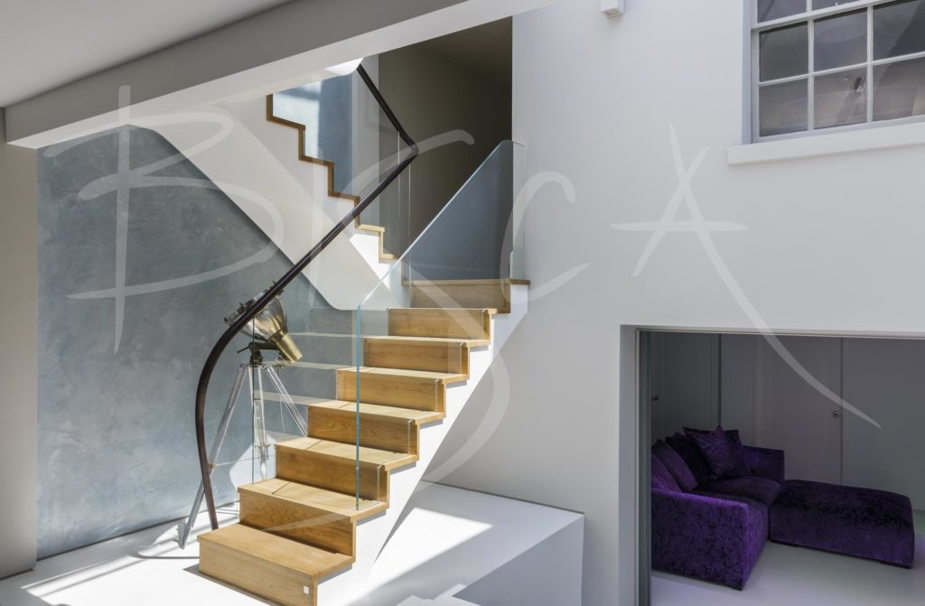 3829 - Bisca Atrium Staircase Design