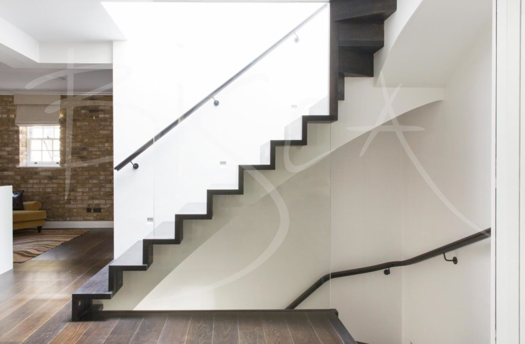 3857 - Bisca Georgian Style Staircase Design