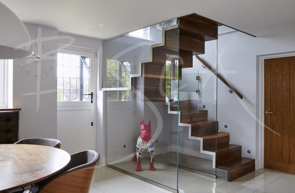 4190 - Bisca Kitchen Stair Design