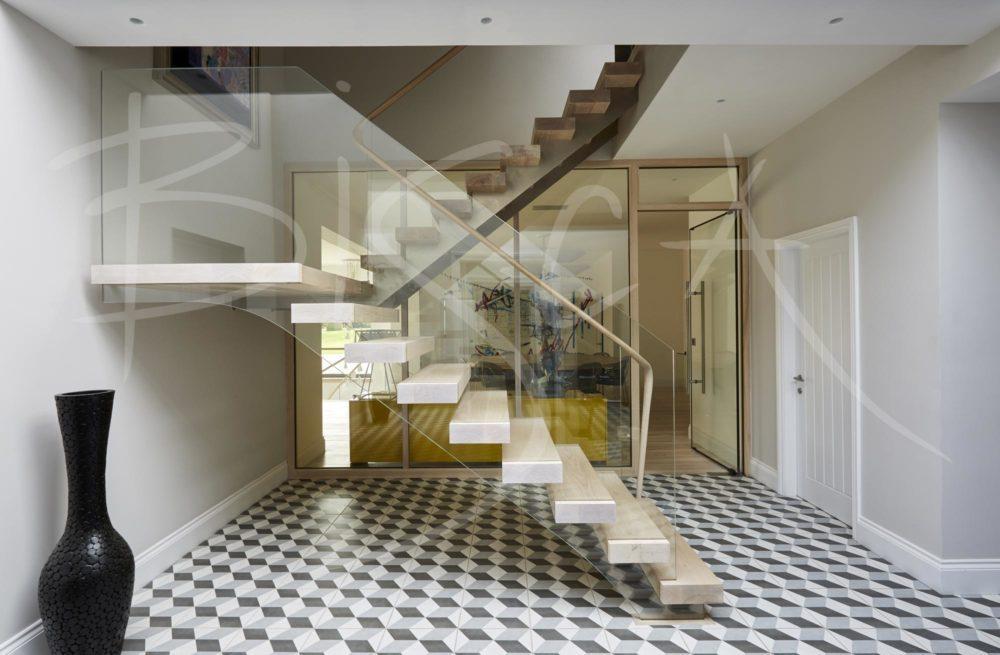 4669 - Bisca ash multiflight staircase design