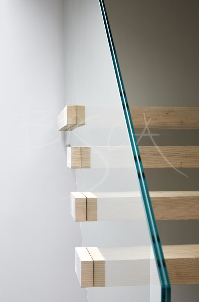 4669 - 4669 - Bisca ash multiflight staircase designBisca