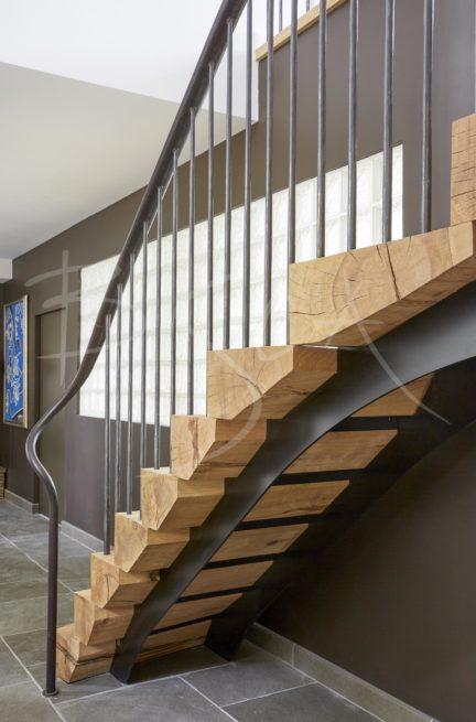 5351 - Bisca oak staircase design for farmhouse renovation