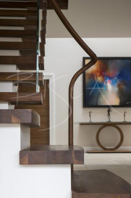 6034 - Bisca semi-cantilever staircase design