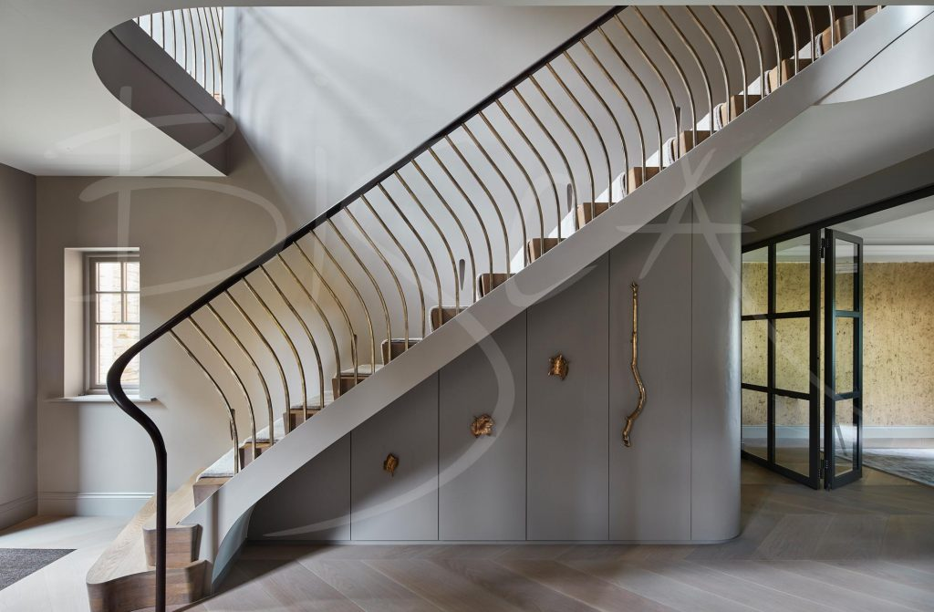 Bisca stairs with carpet runner