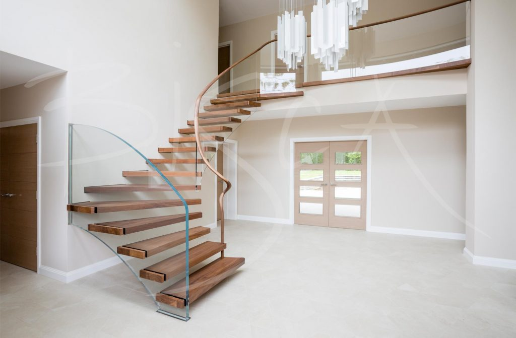 floating stairs glass balustrade by Biscsa