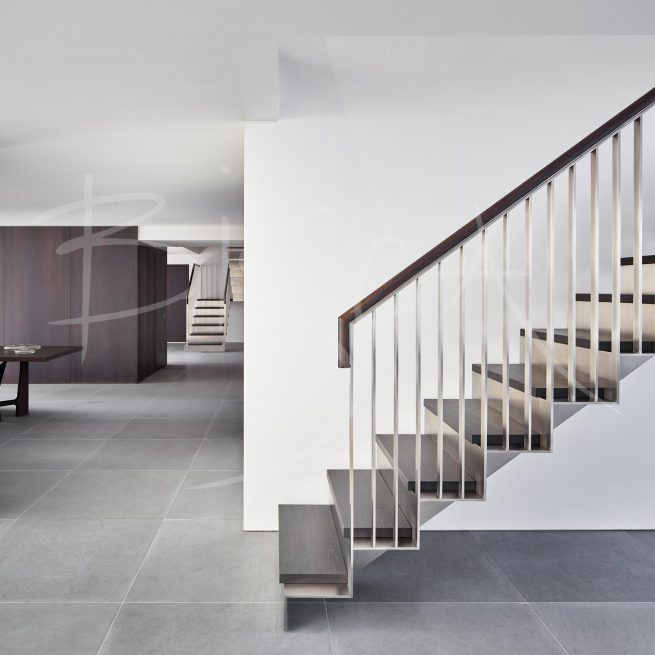 Bisca stainless steel staircase with sawtooth edges