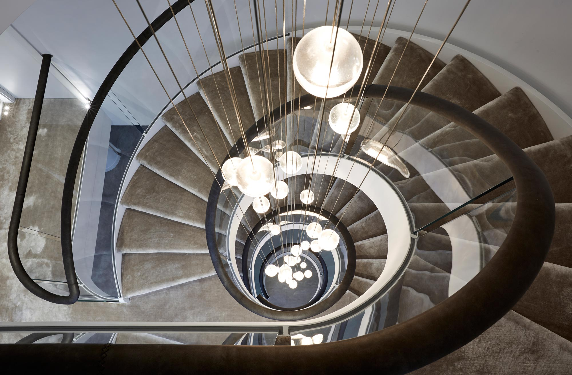 statement feature lighting for staircases